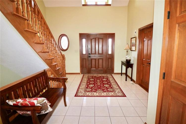 8181 Hunters Cove Court Indianapolis, IN 46236 | MLS 21618529 | photo 2