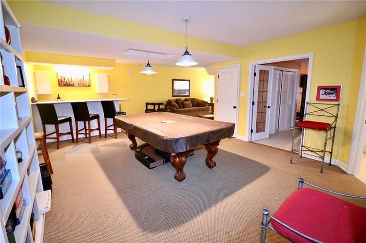 8181 Hunters Cove Court Indianapolis, IN 46236 | MLS 21618529 | photo 32