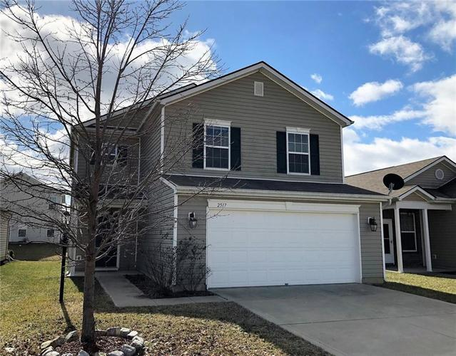 2517  Middle View Drive Columbus, IN 47201 | MLS 21618540