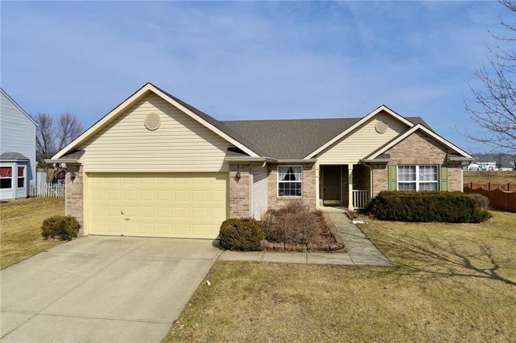 517  YORKTOWN Lane Avon, IN 46123 | MLS 21618567