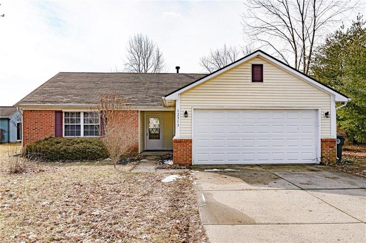 12313  Cobblestone South Drive Indianapolis, IN 46236 | MLS 21618610