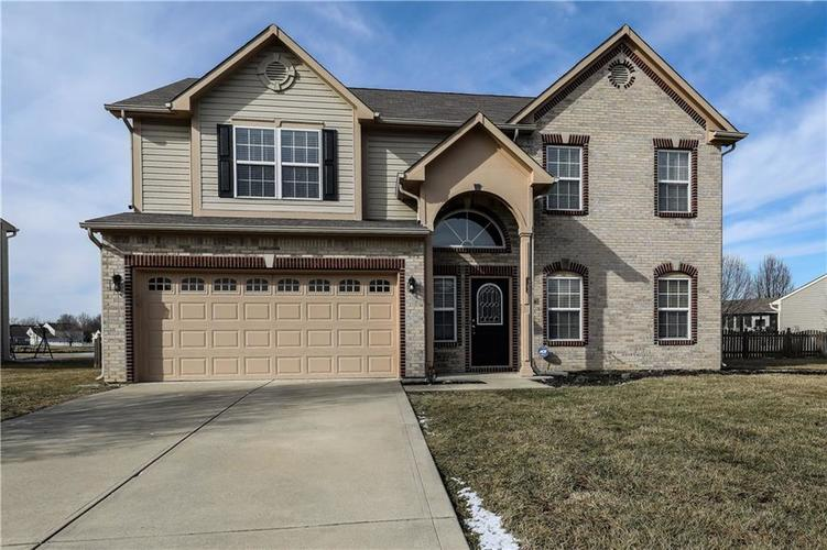 2434  Burgundy Way Plainfield, IN 46168 | MLS 21618673