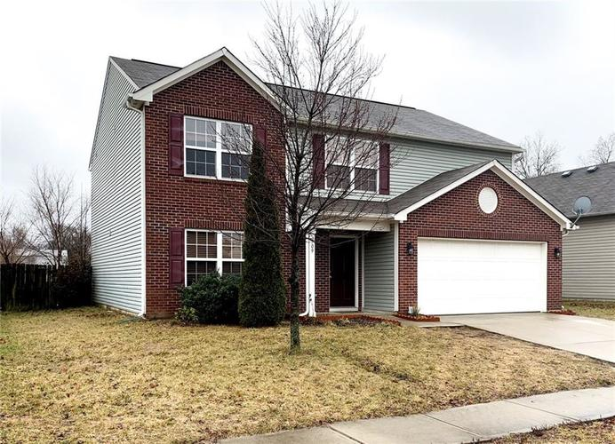 709 Hollow Pear Drive Indianapolis, IN 46217 | MLS 21618707 | photo 1
