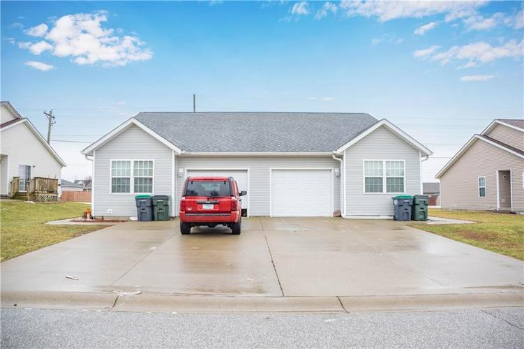 1619 W Kole Drive Greensburg, IN 47240 | MLS 21618792