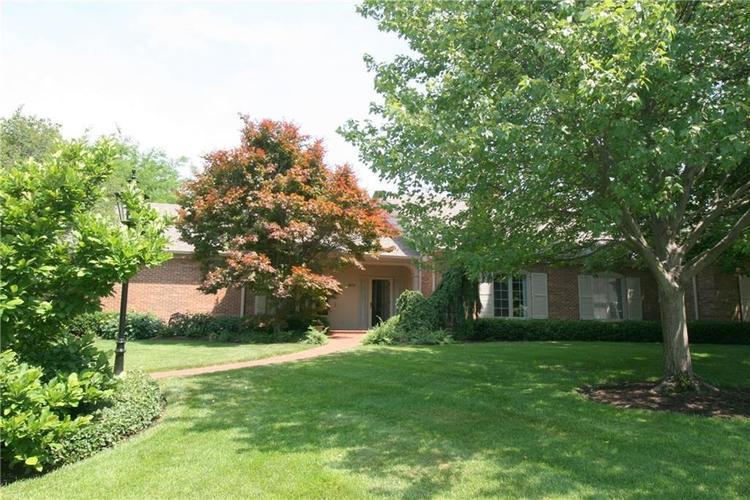 5032  Beaumont Way South Drive Indianapolis, IN 46250 | MLS 21618925