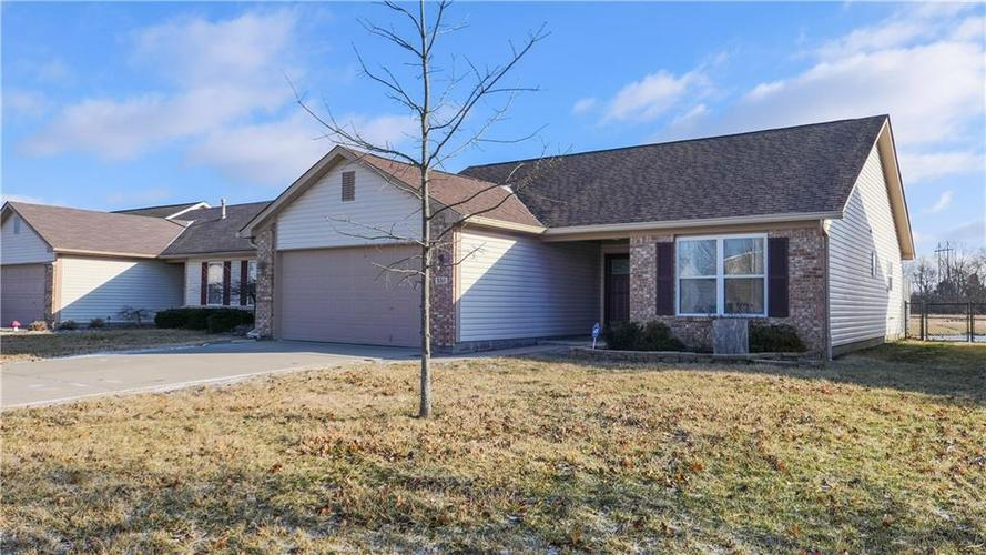 5511  Wood Hollow Drive Indianapolis, IN 46239 | MLS 21618931