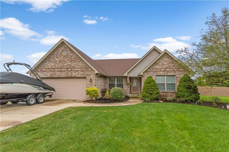 6929 W ROCKWOOD Lane New Palestine, IN 46163 | MLS 21618950