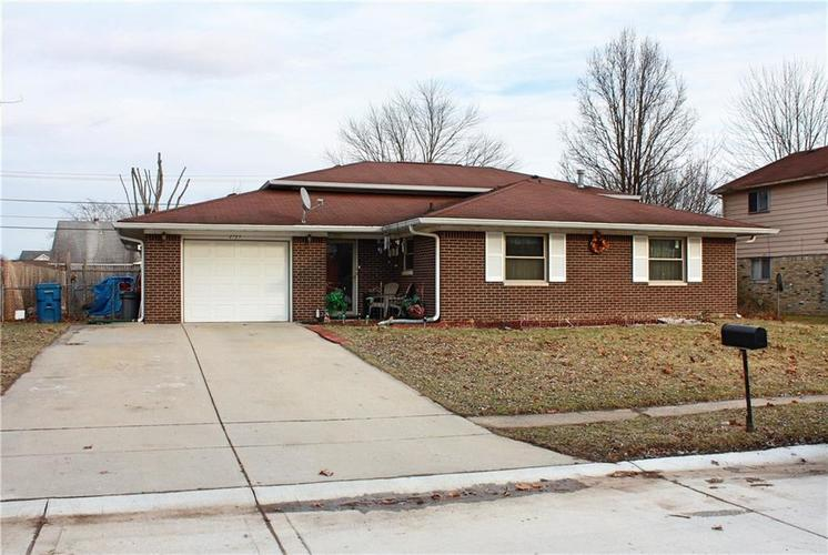2723  Saturn Drive Indianapolis, IN 46229 | MLS 21619104