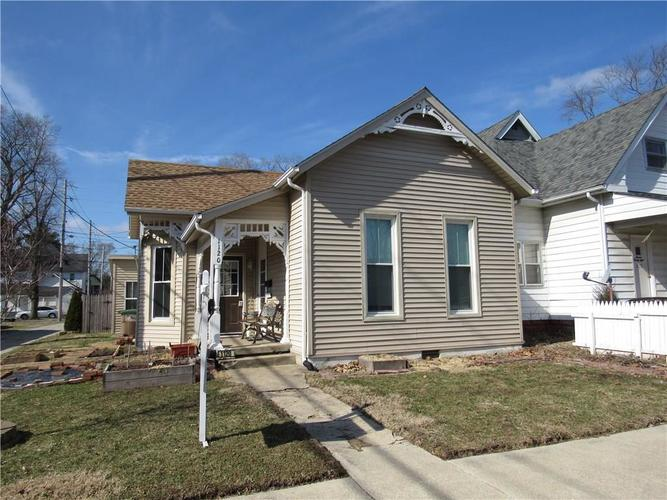 1120 Sycamore Street Columbus, IN 47201 | MLS 21619192 | photo 1