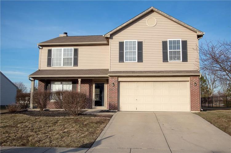 2936  STILLCREST Lane Indianapolis, IN 46217 | MLS 21619304