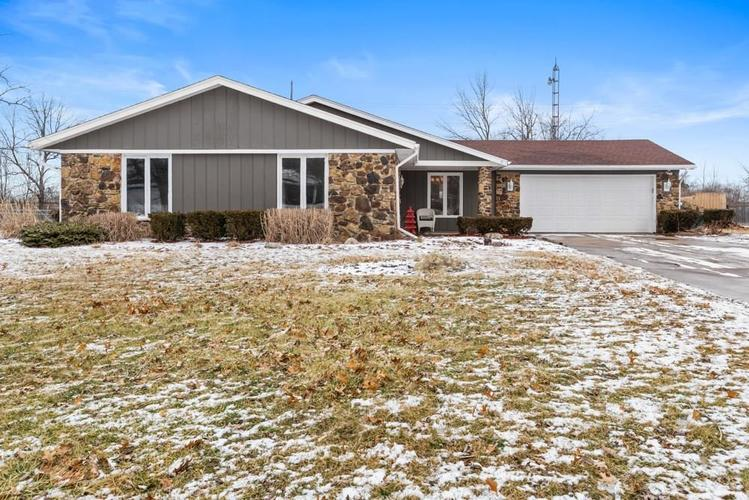 8800 W Thorn Tree Road Muncie, IN 47304 | MLS 21619625