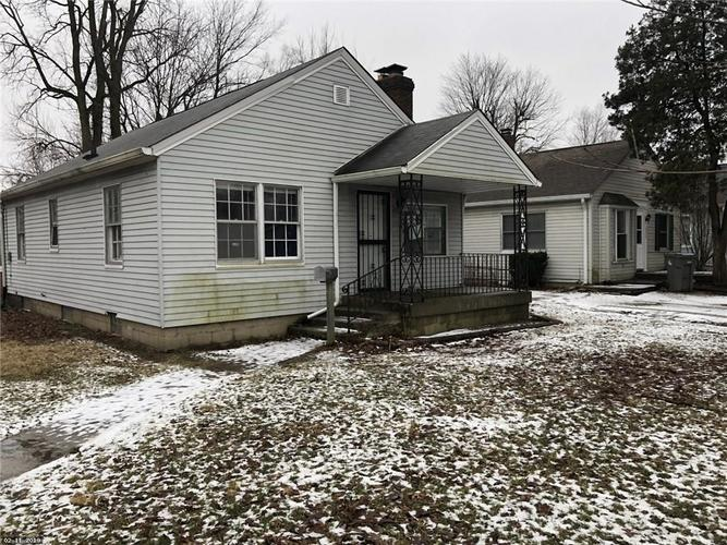4521 E 16TH Street Indianapolis, IN 46201 | MLS 21619756