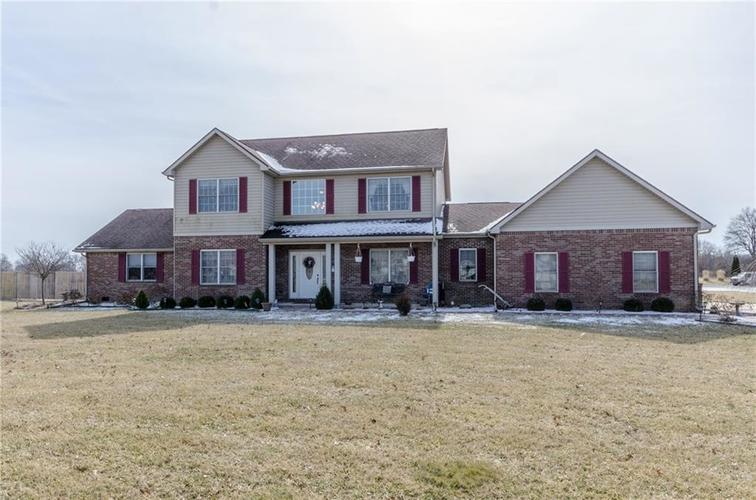 5271 W State Road 32  Anderson, IN 46011   MLS 21619782