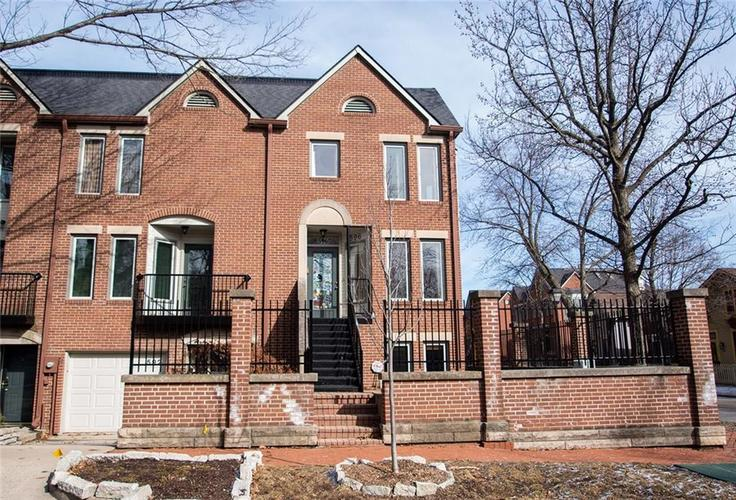 596 E Vermont Street Indianapolis, IN 46202 | MLS 21619852