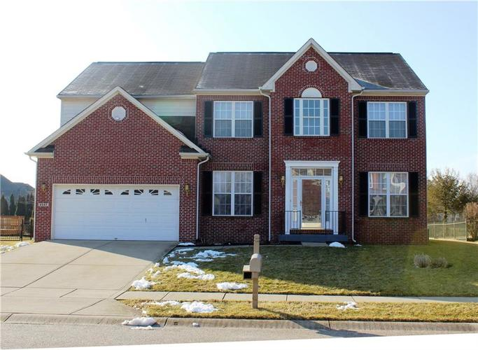 8547  Charleston Court Avon, IN 46123 | MLS 21619862