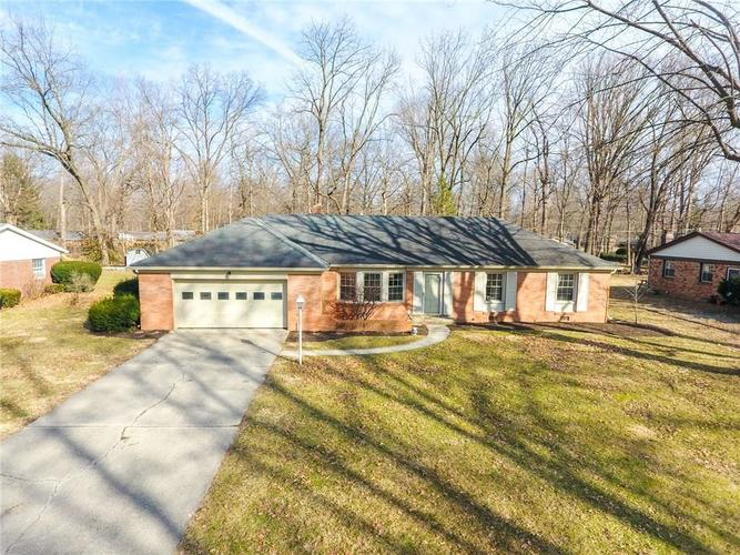 7205 N Oakland Avenue Indianapolis, IN 46240 | MLS 21622077 | photo 1