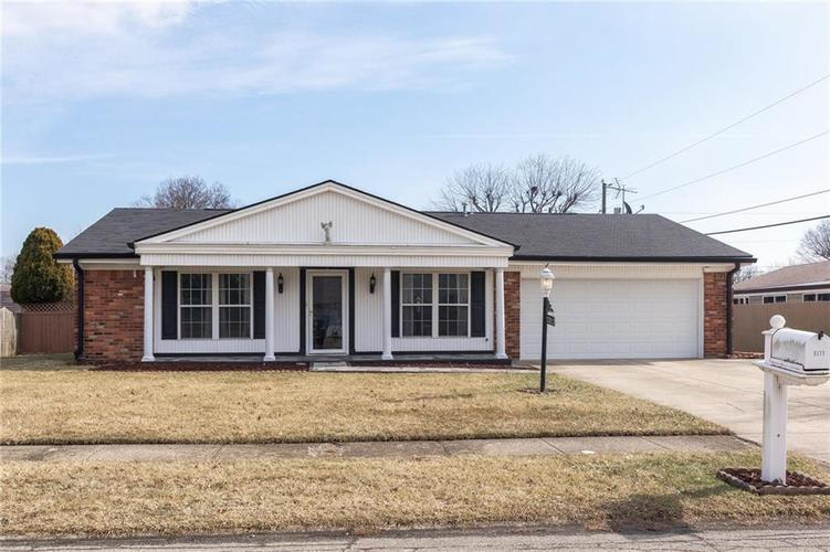 1311 Goldenrod Drive Indianapolis, IN 46219 | MLS 21622224 | photo 1