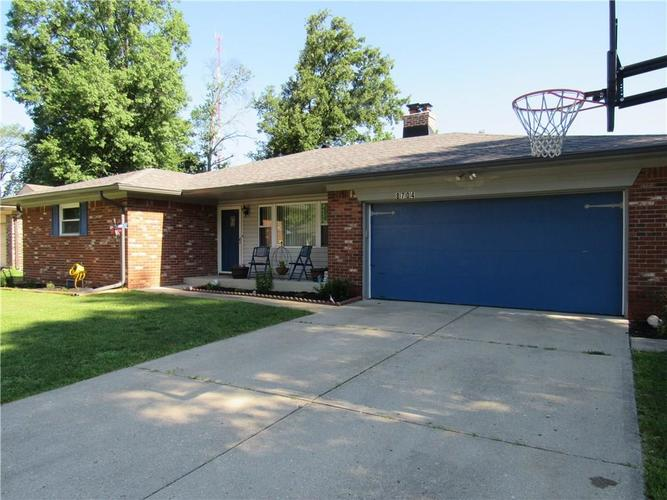 8704 E SKYWAY Drive Indianapolis, IN 46219   MLS 21622280