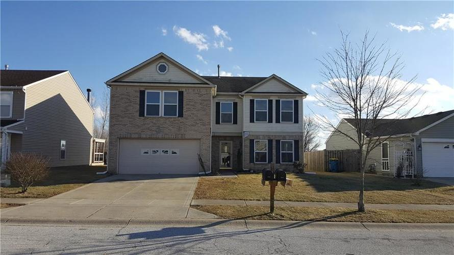 679  Harvest Meadow Way New Whiteland, IN 46184 | MLS 21622547