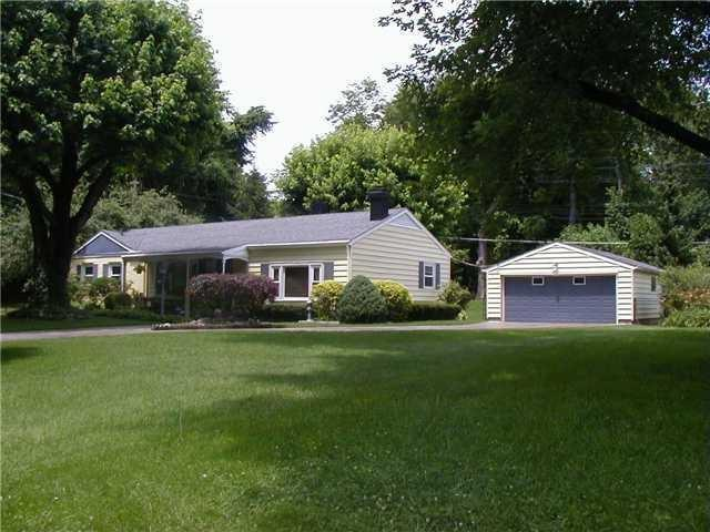 2708 E 67th Street Indianapolis, IN 46220 | MLS 21622553 | photo 1