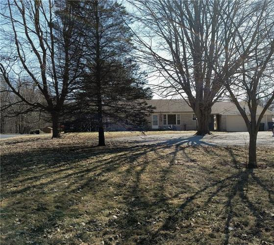 1247 E State Road 44  Rushville, IN 46173 | MLS 21622755
