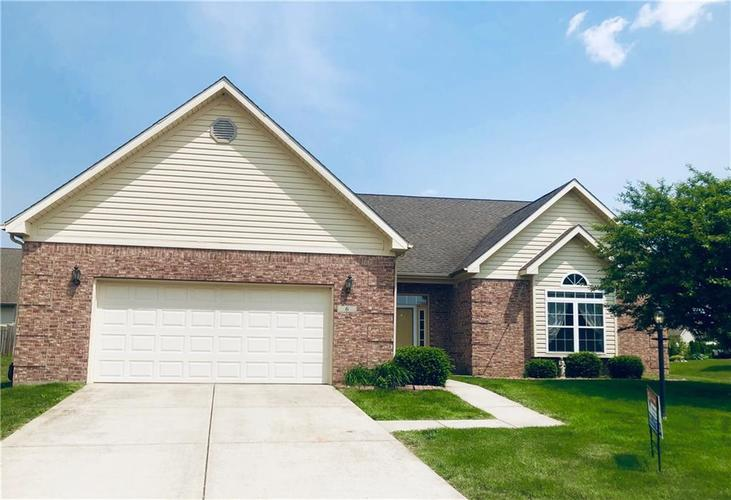 6 Hampton Court Crawfordsville, IN 47933 | MLS 21622828 | photo 1