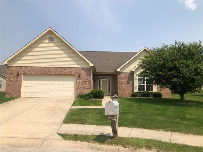 6 Hampton Court Crawfordsville, IN 47933 | MLS 21622828 | photo 2