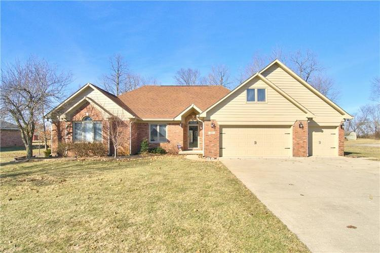 284  Myerwood Drive Danville, IN 46122 | MLS 21622841