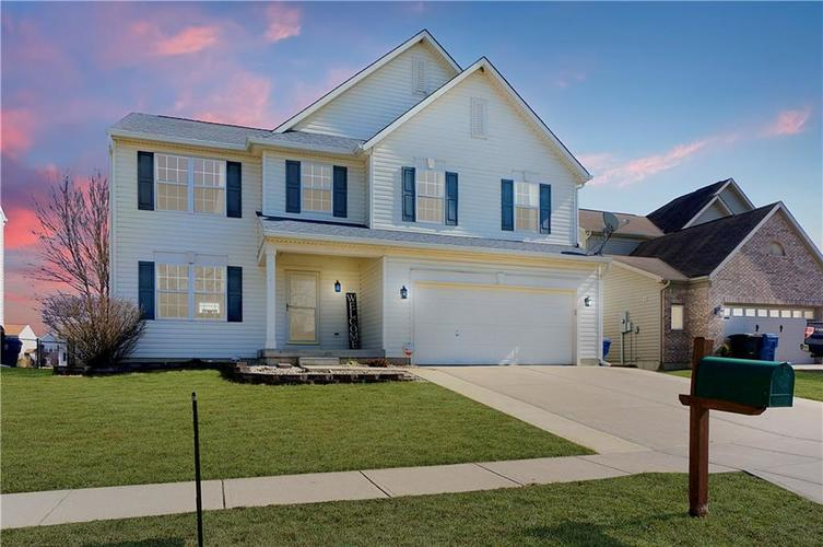 6913  Governors Point Drive Indianapolis, IN 46217 | MLS 21622876