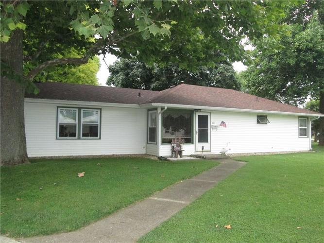 401  SUNSET Drive Shelbyville, IN 46176   MLS 21623077