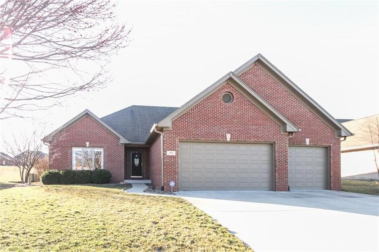 2891 BLOOMSBURY Drive S Greenwood, IN 46143 | MLS 21623331 | photo 1