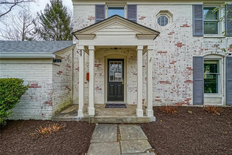 27 E Westfield Boulevard Indianapolis, IN 46220 | MLS 21623455 | photo 3