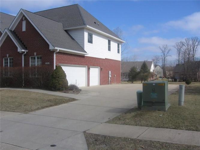 7909 Preservation Drive Indianapolis, IN 46278 | MLS 21623484 | photo 3