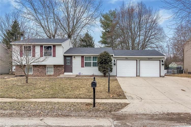 318  Greenlee Drive Indianapolis, IN 46234 | MLS 21623514