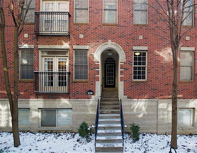 220 N Cleveland Street Indianapolis, IN 46204 | MLS 21623676