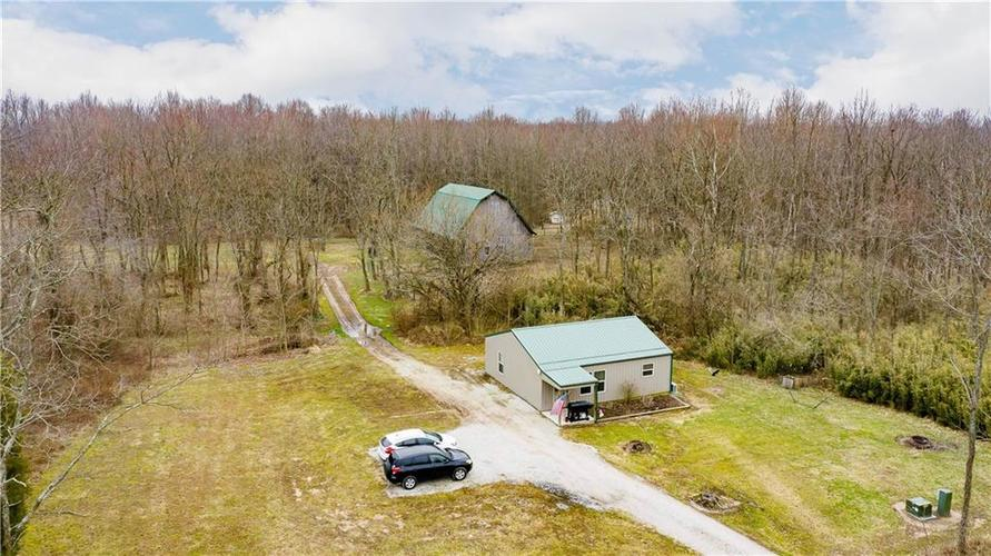 5170 E State Road 256  Scottsburg, IN 47170 | MLS 21623834