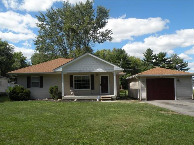3730 Olender Drive Indianapolis, IN 46221 | MLS 21623858 | photo 1