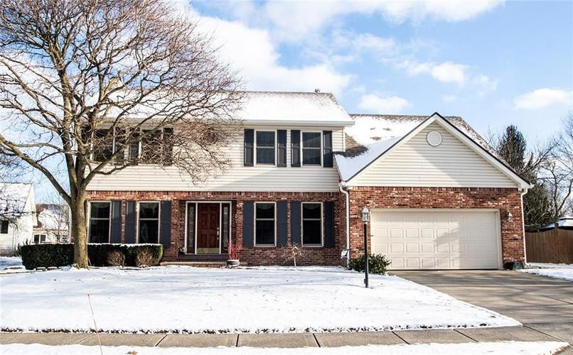 11239  Berkely Circle Fishers, IN 46038 | MLS 21624034