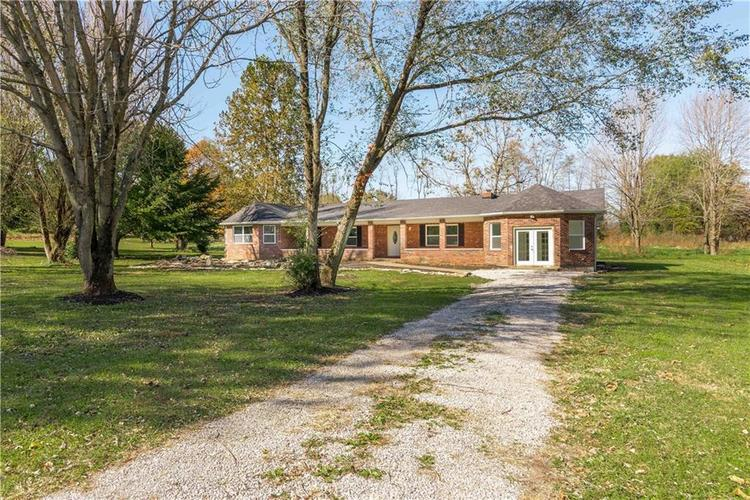 8185 E Main Street Lexington, IN 47138 | MLS 21624046