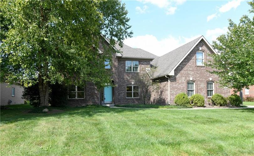 9692  Autumn Way Zionsville, IN 46077 | MLS 21624101