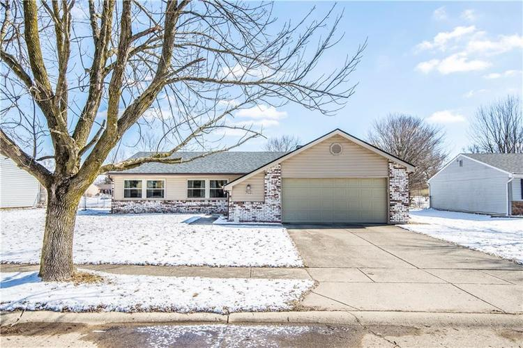 7513  Inverness Drive Indianapolis, IN 46237 | MLS 21624157