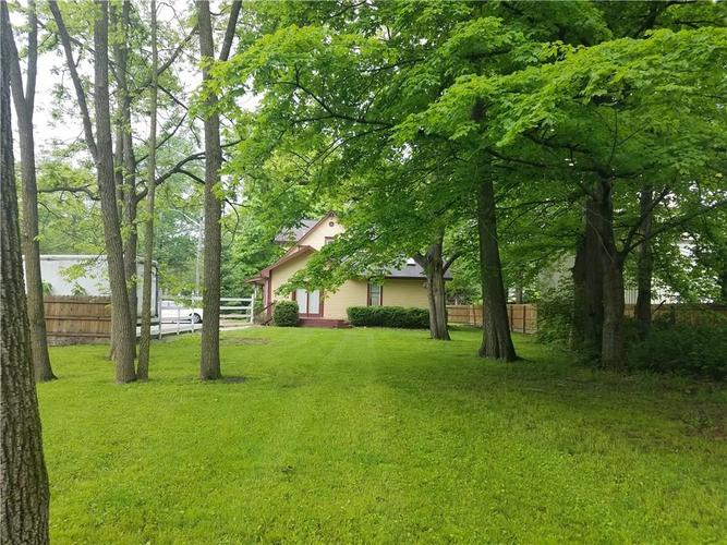 7125 N NEW AUGUSTA Road Indianapolis, IN 46268 | MLS 21624181 | photo 11