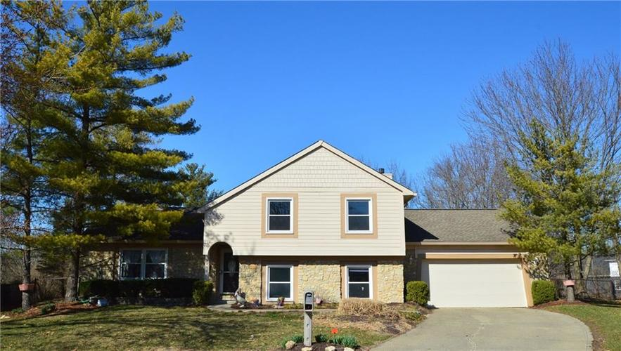 8430  Goldfinch Circle Indianapolis, IN 46256 | MLS 21624249