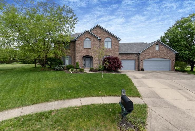 6045  White Ash Court Avon, IN 46123 | MLS 21624275