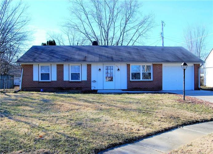 2319 S Fairlawn Way Anderson, IN 46011   MLS 21625411