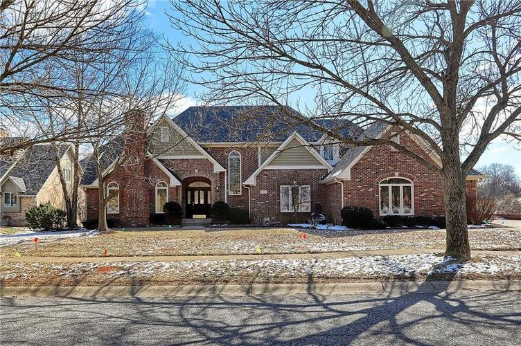1463  EAGLE VALLEY Drive Greenwood, IN 46143 | MLS 21625415