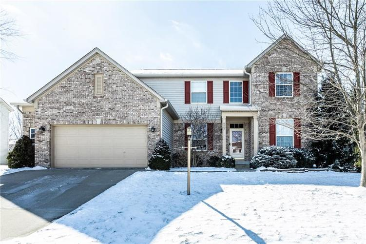8587  Ryan Drive Fishers, IN 46038 | MLS 21625463