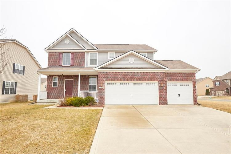 6101  Golden Eagle Drive Zionsville, IN 46077 | MLS 21625472