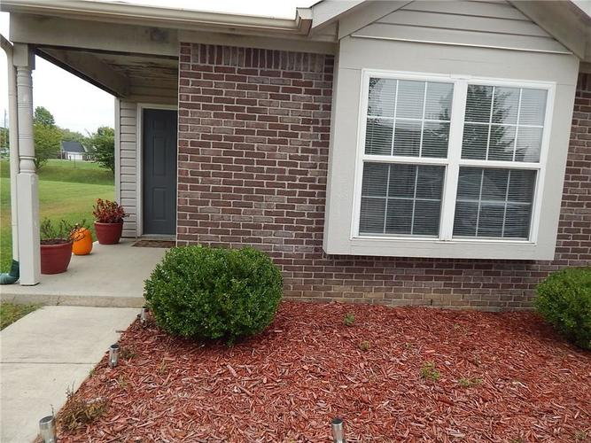 7155  Bobcat Trail Drive Indianapolis, IN 46237 | MLS 21625526