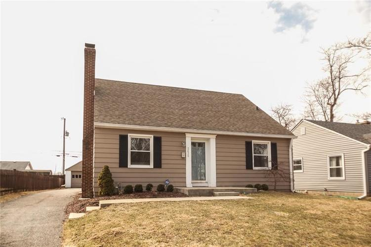 2429  Northview Avenue Indianapolis, IN 46220 | MLS 21625736